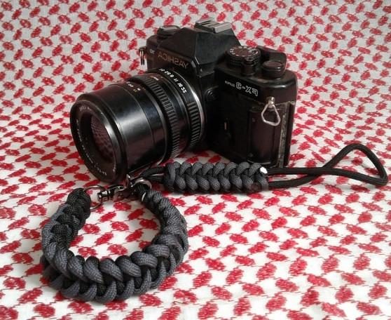 harga Hand made strap camera / tali kamera hitam abu paracord shark jaw bone Tokopedia.com