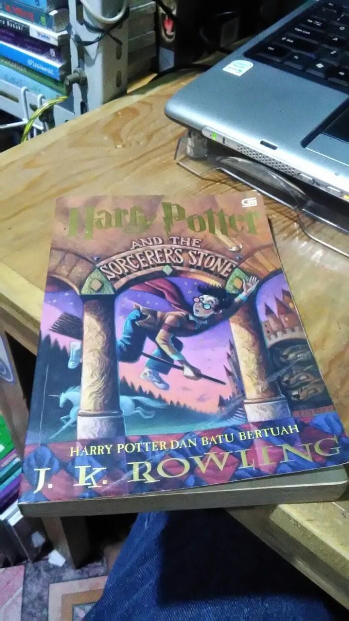 Jual Harry Potter 1 Harry Potter Dan Batu Bertuah JK Rowling Jakarta Timur TOKO SAHABATKU
