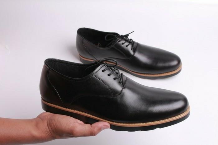 harga Sepatu kulit pria boston oxford (bally/pedro/brodo/pantofel/boot/kerja Tokopedia.com