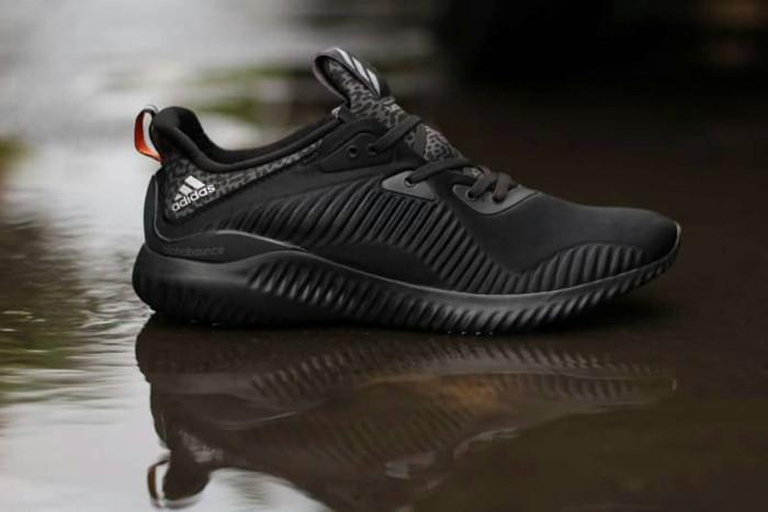 6b1e706dc Sepatu Adidas Alphabounce EM Mesh Core Black Triple Black Premium BNIB