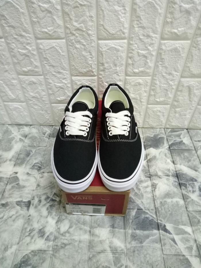 harga Sepatu vans era canvas classic black white miror quality Tokopedia.com