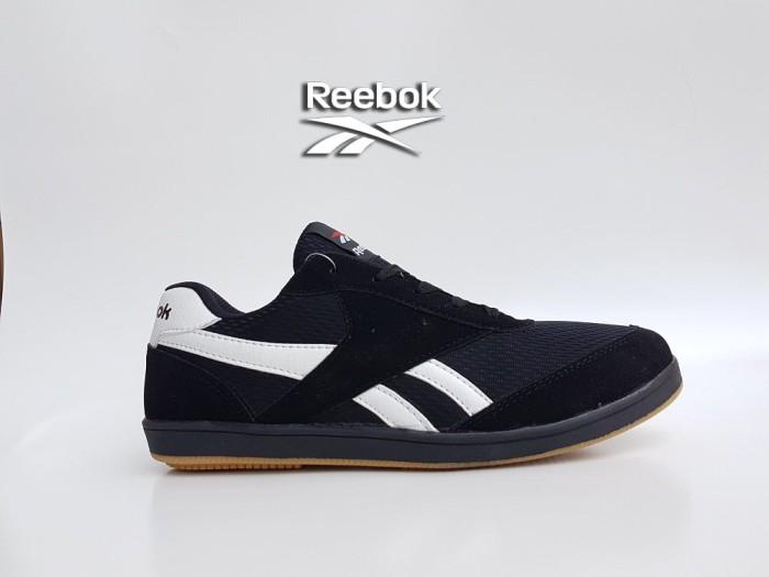 harga Sepatu casual pria reebok suede hitam putih sol karet / sneaker cowok Tokopedia.com