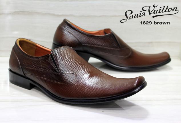 Katalog Sepatu Kulit Lois Hargano.com