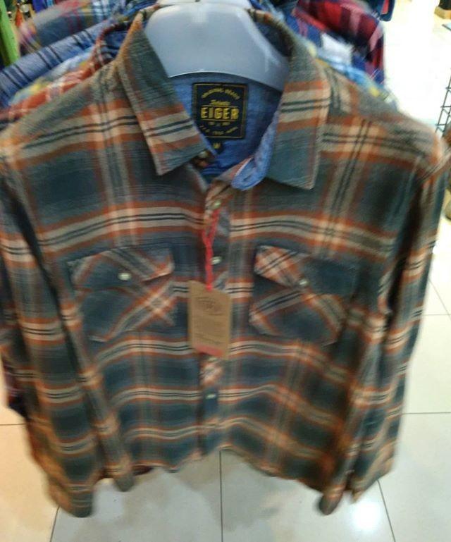harga Kemeja flanel eiger portgas flanell shirt  910003328003 original keren Tokopedia.com
