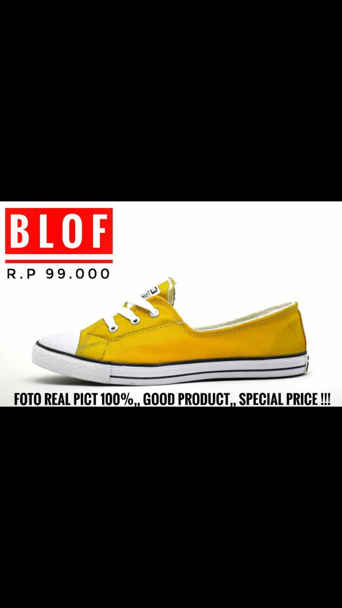 ... harga Sepatu converse ledis tali tiga warna kuning Tokopedia.com b568642371