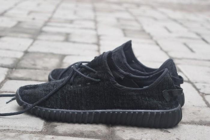 4e5f37497a5d94 Jual Sepatu Sekolah Hitam Full Adidas Yeezy Adidas Yeezy Boost
