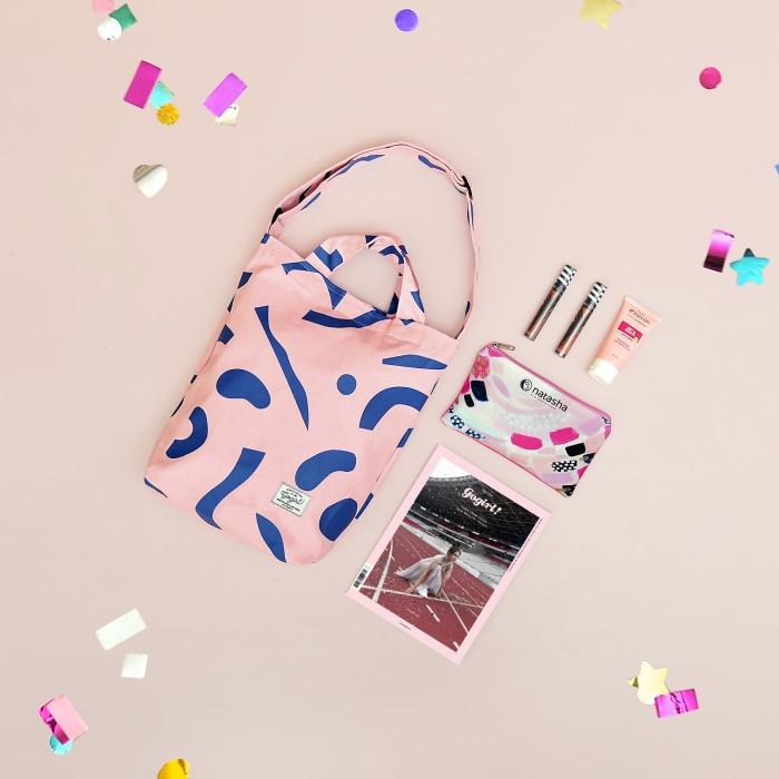 harga Gogirl! thirteenth birthday issue (pink canvas bag) Tokopedia.com