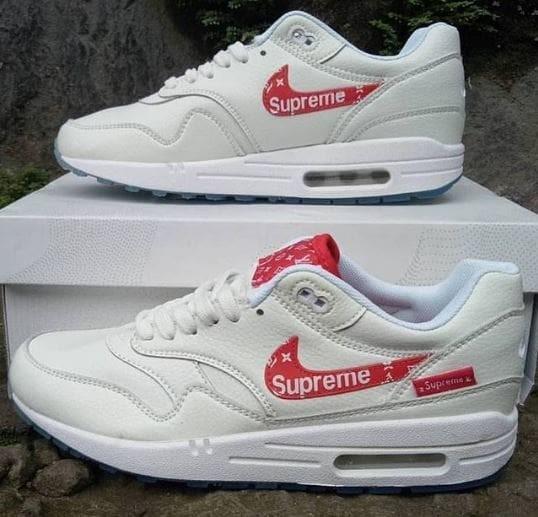 16c4f4564339 Jual Sepatu Sneakers Nike Air Max 1 Supreme x Louis Vuitton - Kota ...