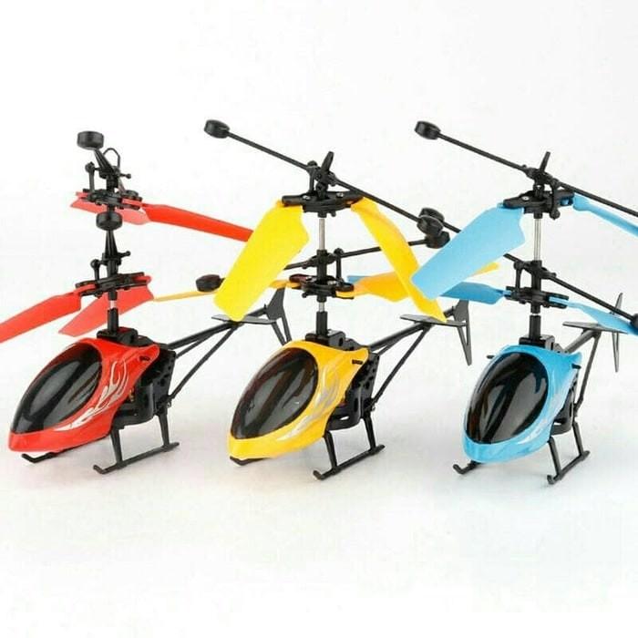 Jual PROMO... Flying heli helicopter Toy Mainan Anak Terbang Minion ... bb8f46e5e7
