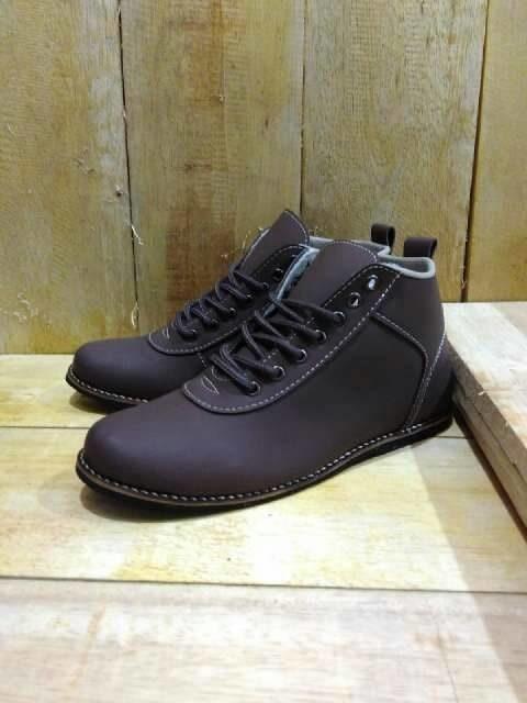 Sepatu Casual Semi Booth Pria Kickers Orlando Grade Original NMZs 0022 6c3208cfb6