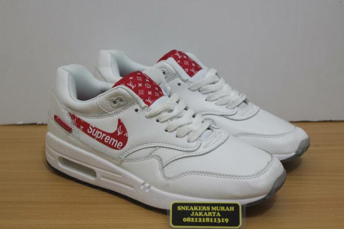 harga Sepatu nike airmax 1 x supreme louis vuitton - premium high quality  Tokopedia.com 11c200feb7