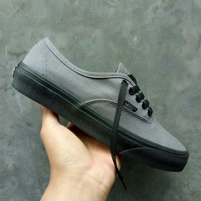8cacc5018d ... harga Sepatu vans authentic grey sol black waffle dt icc premium china  Tokopedia.com