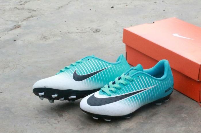 Sepatu bola nike mercurial biru putih import harga ... 415a6cccad0c