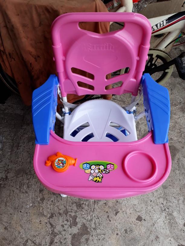 Kereta Dorong Family/Family CS 8288 Baby Chair Stroller/Kursi Makan
