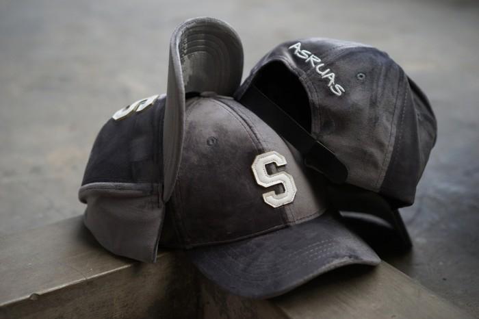 Topi snapback baseball cap s grey initial alphabet