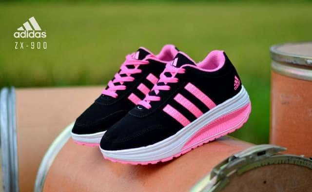 new style ceaca 46e56 sneakers casual wanita adidas zx 900 hitam list pink