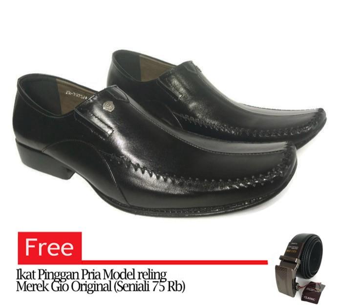 Jual Sepatu Kulit Pria Versace 7973 Pantofel - Hitam ce40f2e2e5