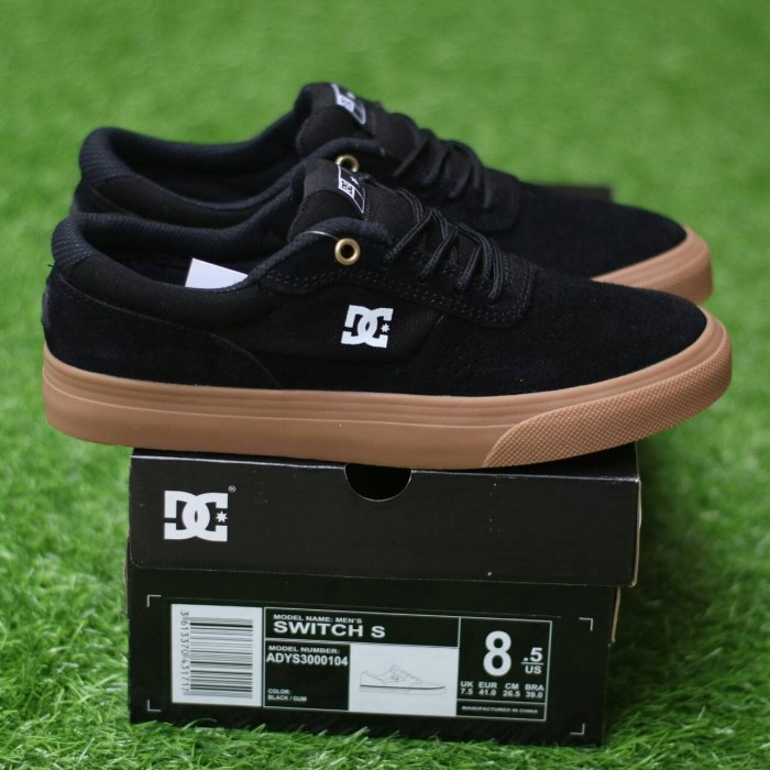 harga Sepatu dc switch s black gum premium bnib made in china Tokopedia.com 886abdbcff