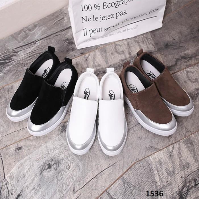 Sepatu Cantik Import Fashion Wedges Chloe 1536