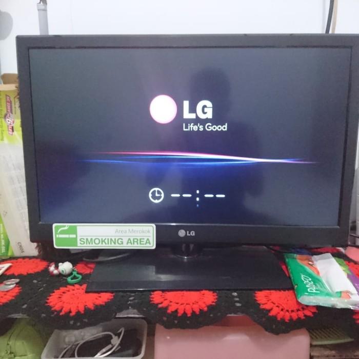 """TV LED LG 26"""" bisa jadi monitor pc"""