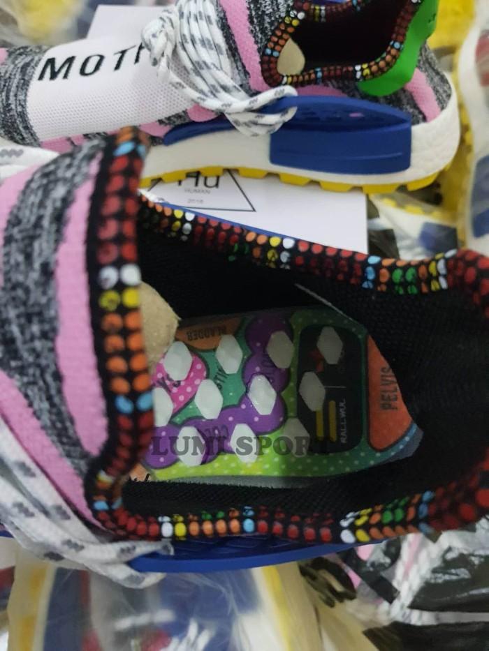 a855bbb1b08dd Jual Sneakers Adidas NMD HU Pharrell Afro Motherland - lumineuse ...