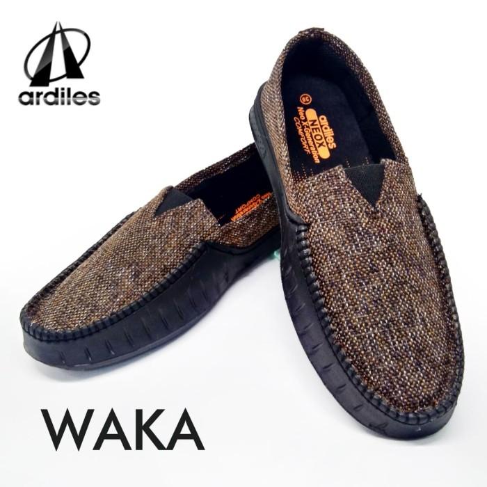 Jual sepatu crocs merk ardiles Model Waka coklat c3ae58b889
