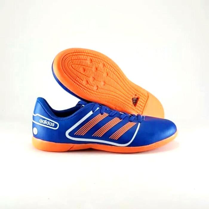 ... harga Sepatu futsal adidas predator ukuran 39 - 43 Tokopedia.com d20c4de5d8