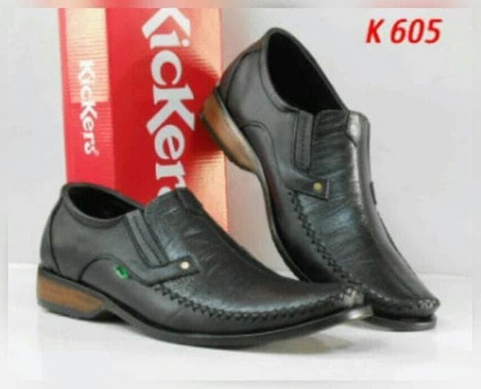 Jual terbaru sepatu casual pantofel kerja kickers pria kulit asli ... 0e5e1afb57