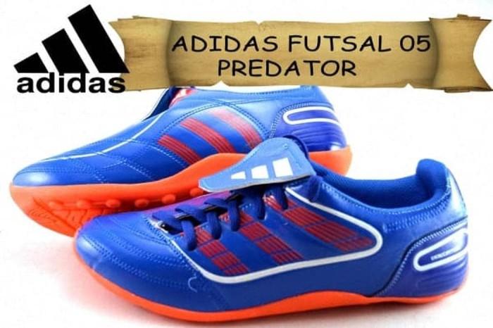 adb565d6501  FLASH SALE CUCI GUDANG Adidas Futsal 05 Termurah Se-In Berkualitas