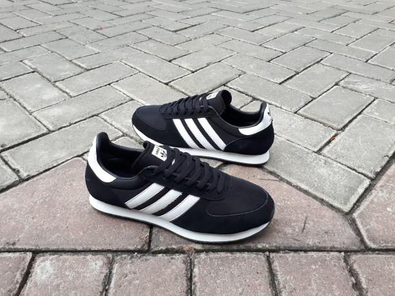 6fc6b5666 Jual Sepatu Sneakers Adidas ZX Racer Black Original 100% Harga Promo ...