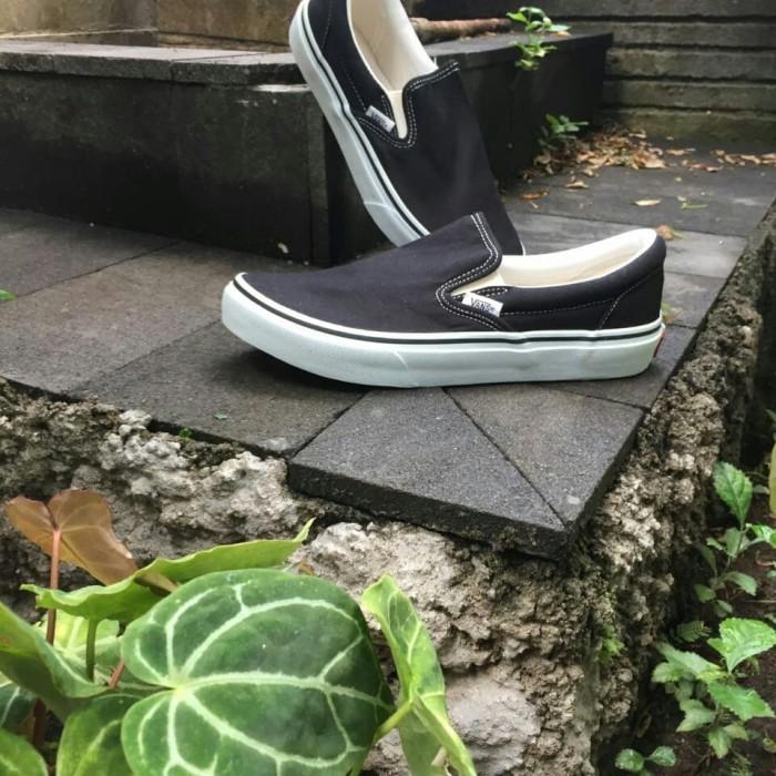 744383ae60 Jual Vans Slip On Black White Japan Market Original - Kota Tangerang ...