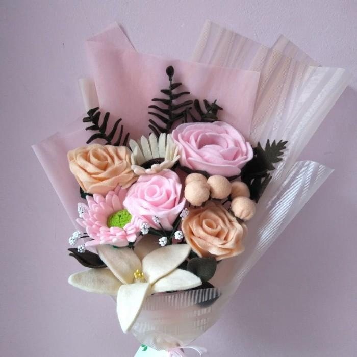 Jual Buket Bunga Flanel Mawar Daisy Cantik Kota Bogor Fiore Florist Tokopedia