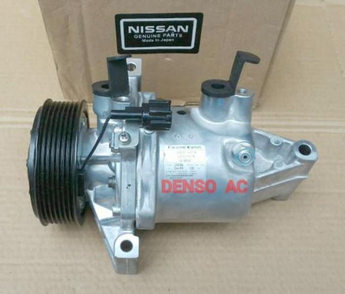 Compressor Compresor Kompresor AC Mobil Nissan Juke Merk : Calsonic