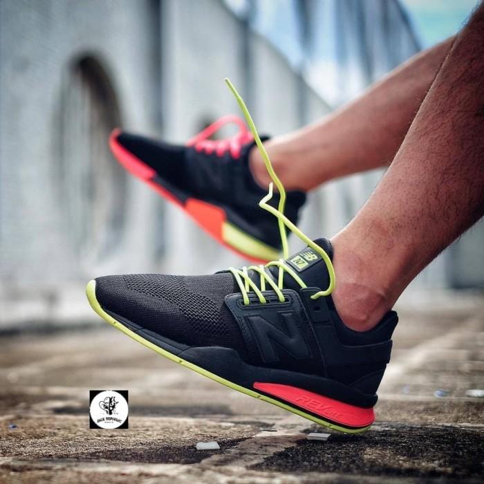 ... harga Sepatu sneakers new balance 247 v2 tritium premium original  Tokopedia.com. Rp. 549000 9eb9486361