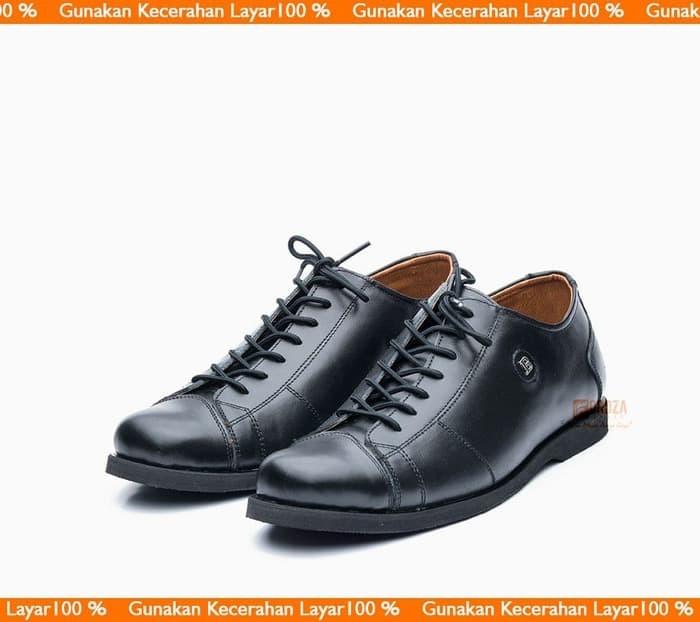 Sepatu Pria Casual Sneakers Low boot Kulit Asli Semi Pantofel BLY-535