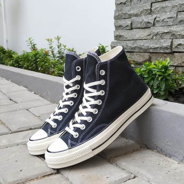 harga Original sepatu converse ct 70s hi black white Tokopedia.com
