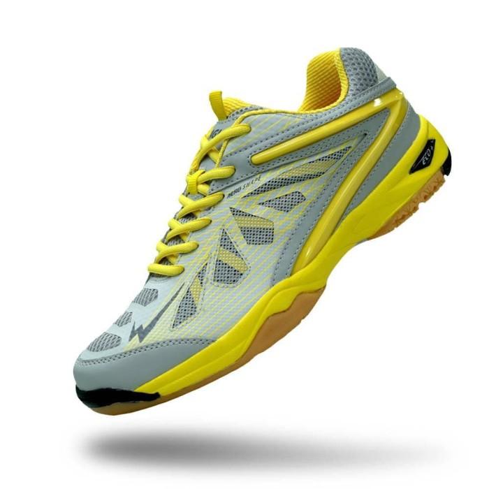 Jual Sepatu Badminton Terbaru Eagle Commando Anita Shoes Tokopedia 10a7c54420