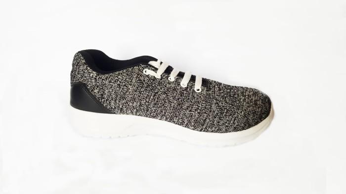 7b4797a0be Jual SALE!! Sepatu Nike Model Yeezy bukan Adidas Vans Converse - Abu ...