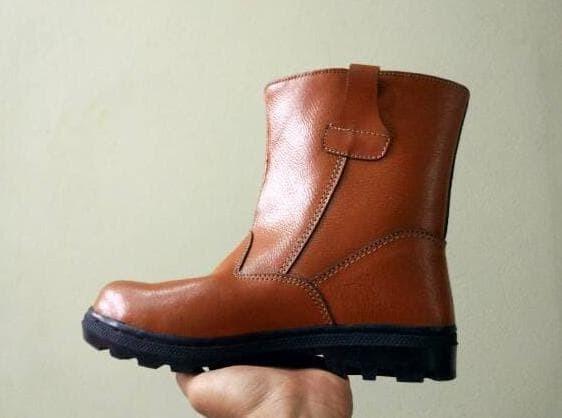 Preorder Sepatu Boots Murah Proyek Karyawan Sepatu Seragam Kerja Kulit 87bb1638d0