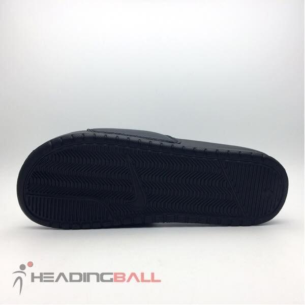 518272d5bbbc Jual terlaris Sandal Nike Original Benassi Jdi Black 343880-090 BNIB ...