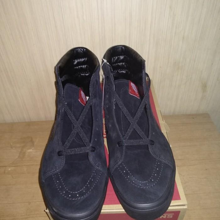 Jual Sepatu Vans Sk8-Hi Black Suede Size 11 BNIB Original Murah ... cdc047afbf
