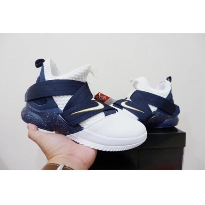 05fad3153b8b Jual Sepatu Basket NIKE Lebron 12 Soldier High Witness - Kota ...
