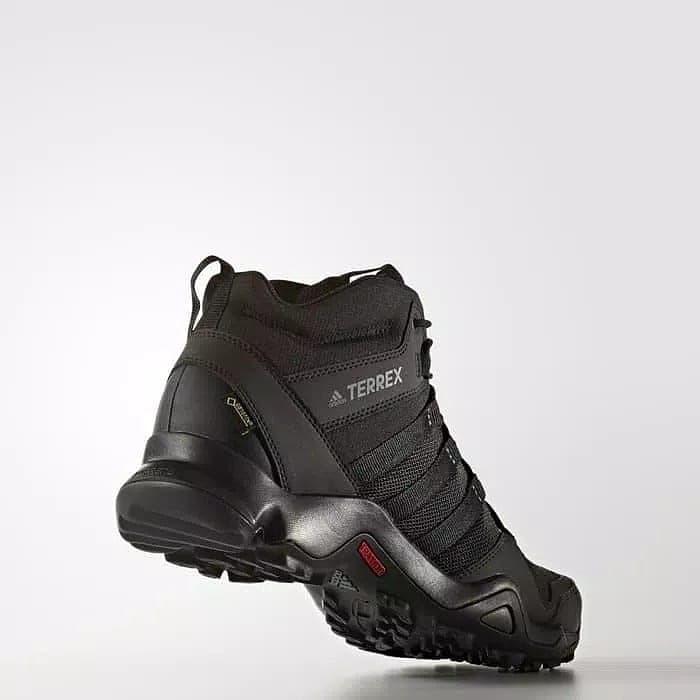 harga Sepatu adidas terrex ax2r mid gtx size 39 1/3 ori bnib Tokopedia.com