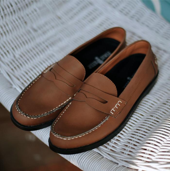 494a6288c Update Harga Sepatu Loafers Pria Kasual Kulit Cokelat PARADISE BROWN ...