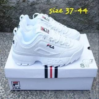 Jual PC New Sepatu import Sepatu Fila Disruptor II Sepatu Sneakers ... 26bc0c3654