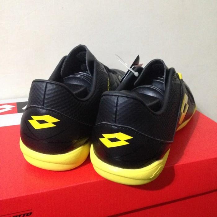 Jual Sepatu Originals Sale Sepatu Futsal Lotto Squadra IN Black ... 1d007e0e6d