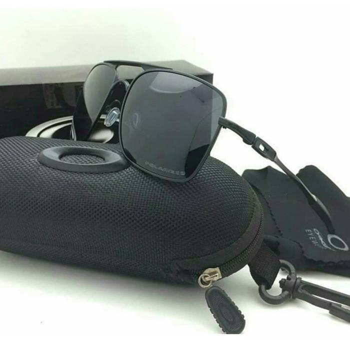 Jual Kacamata Hitam Oakley - Harga Coret 8c56edfb74