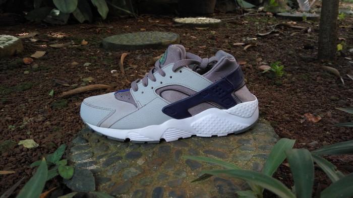 Terbaru Nike Huarache Silver Grey Original