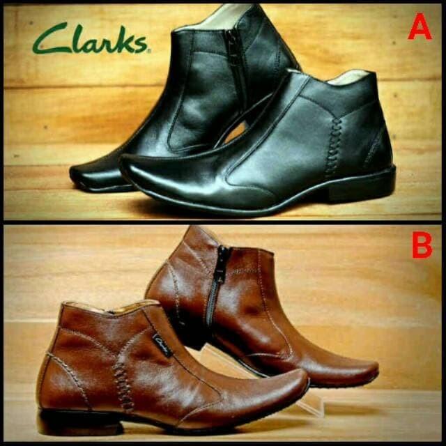 Jual Sepatu Pantofel Pria Clarks Kulit Asli Kerja Formal Sleting ... 765b082b47