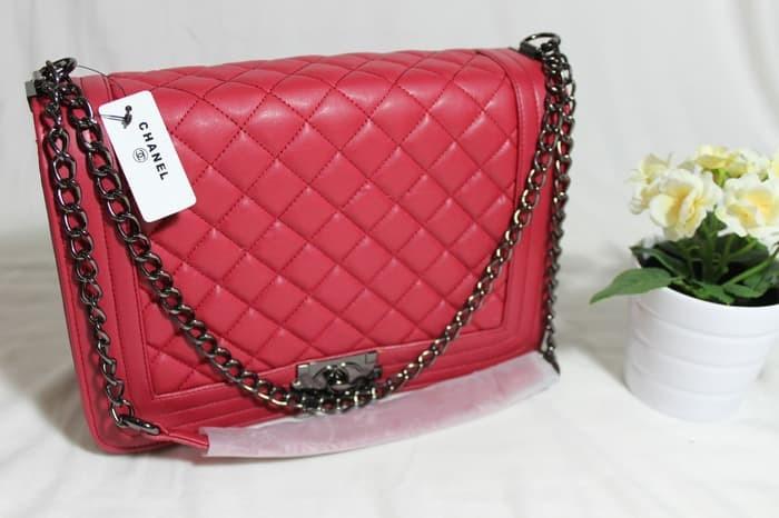 Jual Tas Tali Rantai Branded Chanel Boy Maxi Ukuran Besar 30 Warna ... 31cb646fe0